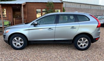 2010 Volvo XC60 2.4 D5 Geartronic FWD selling for R 144,900! full