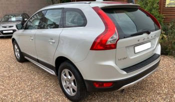 2010 Volvo XC60 2.4 D5 Geartronic FWD selling for R 114,900 full